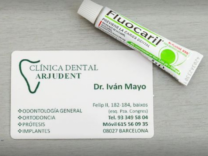 CLÍNICA DENTAL ARJUDENT
