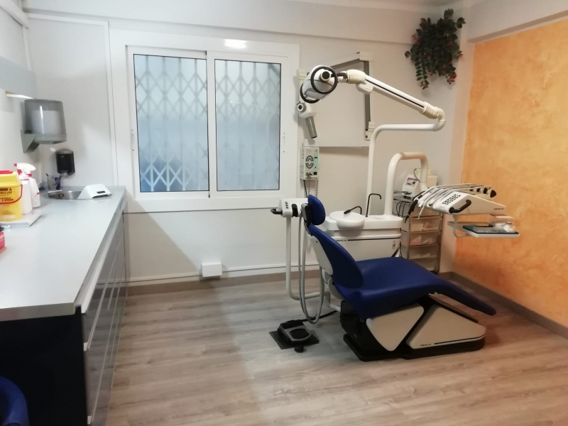 CLÍNICA DENTAL ARJUDENT (6)